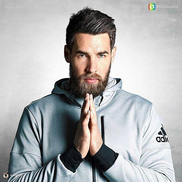 Pin for Later: 25 Athlètes Français Qui Vont Faire des JO L'évènement le Plus Sexy de la Saison Luka Karabatic Sport: Handball Son Instagram: @lukakarabatic