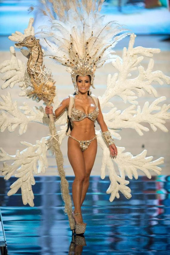 Jennifer Andrade – Honduras | Unusual Miss Universe Costumes