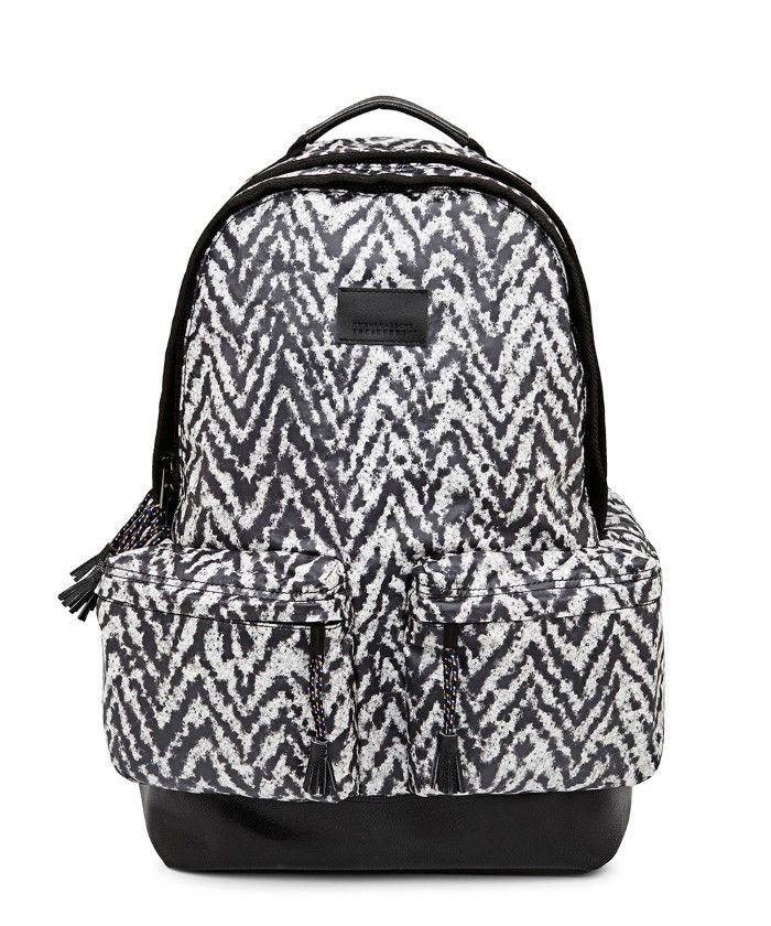 Sac à dos exclusif et très limité Kris Van Assche x Sneakerboy #sacados #accessoires #krisvanassche #sneakerboy #chevrons #backpack