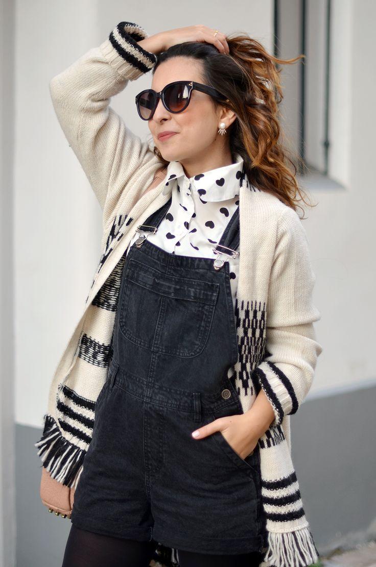 http://www.helloitsvalentine.fr/1231248/bye-bye-2015/ - Urban Outfitters sunglasses