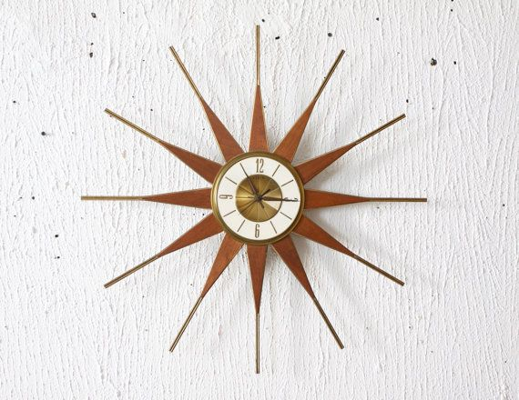 Mid century modern wood and brass starburst clock by elgin for Horloge eames