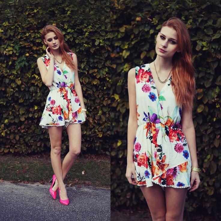 http://improwizuje.pl/floral-jumpsuit/