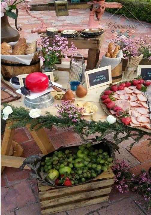 Mesa de quesos vintage recepci n boda r stico - Mesa de quesos para bodas ...