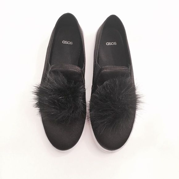 Asos Pompom Slip-Ons Absolutely beautiful pompom slip-ons that are perfect for everyday wear. These are not in new condition, they have been worn twice. UK size 5/ US size 7 but in my opinion they fit more like a 7.5! No returns. Make sure to know your Asos size. Grab them before they are gone! ASOS Shoes Sneakers