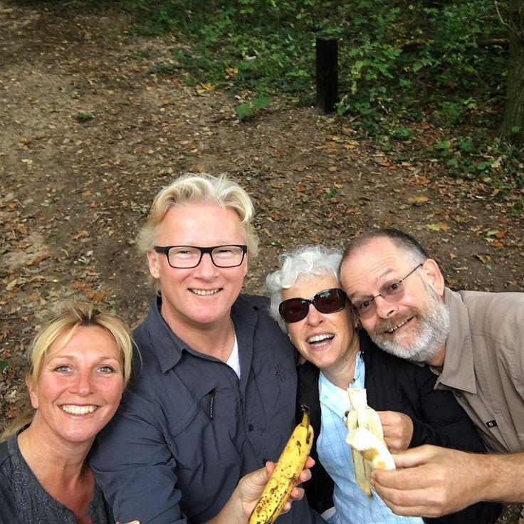 Lang leve de #selfiestick ...met Toos Oskar en Monique. #selfie
