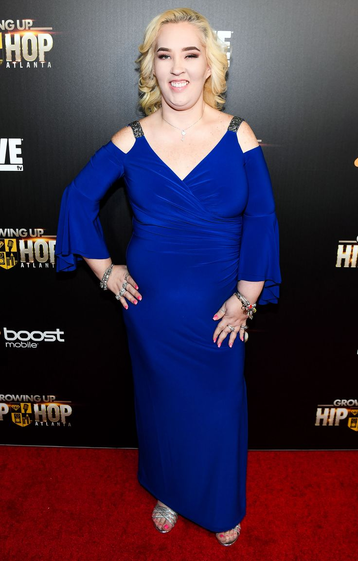 Mama June Shannon Hits the Red Carpet Shows Off 300-Lb. Weight Loss