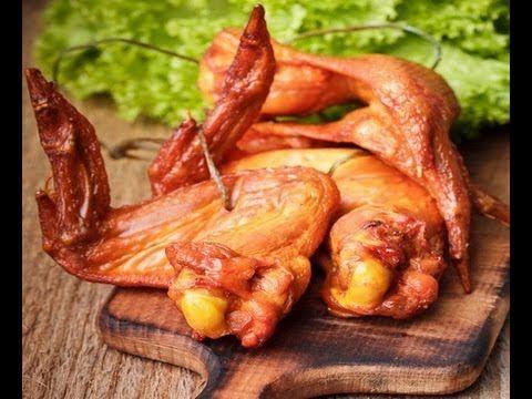 Идея на закуску. Копченые куриные крылышки в обычной духовке! Видео-рецепт. К пиву и не только!