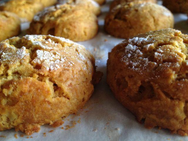 Receita de Broas de Batata-doce com Coco, Amêndoa e Tangerina | Doces Regionais