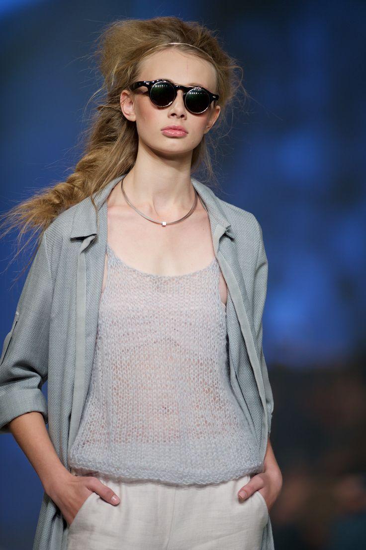 Biżuteria YES towarzyszyła pokazowi marki Malgrau podczas 11. edycji FashionPhilosophy Fashion Week Poland w Łodzi / fot. Łukasz Szeląg  #model #runway #catwalk #Malgrau #fashion #week #poland #fashionweek #fashionweekpl #fashionshow #style #new #collection #lodz #polska #jewellery #YESandFWP #BizuteriaYES #jewellery #jewels #jewerly