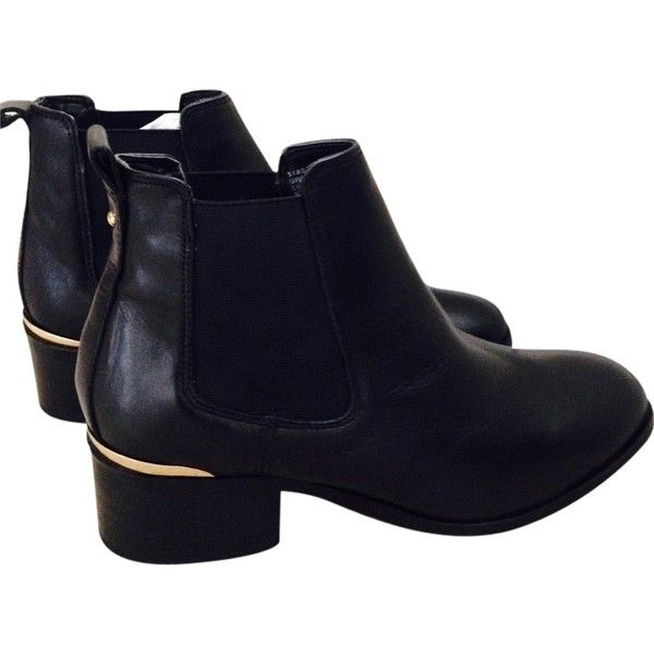 Pre-owned Kg Kurt Geiger Toby Low Heel Ankle By Carvela Black Boots ($129) ❤ liked on Polyvore featuring shoes, boots, ankle booties, black, black lace up boots, lace-up bootie, black lace up booties, black booties and black bootie