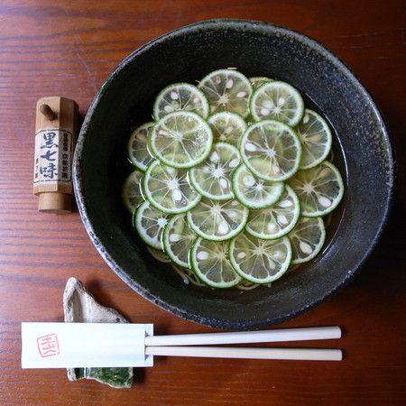 東京 土山人すだち蕎麦  Japanese noodle with lime