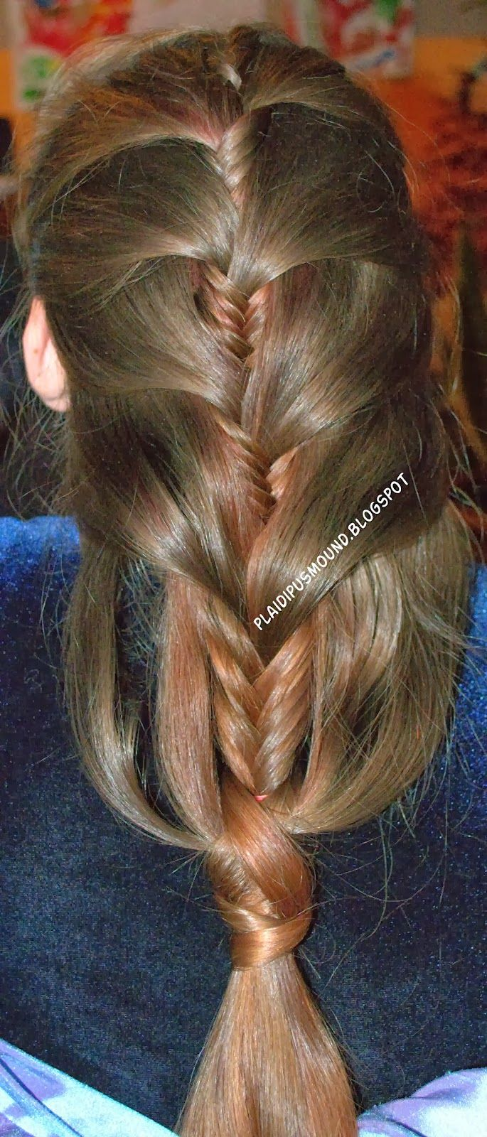 Plaidipus mound: fat fishbone beautiful fishbone hair do with a great wrapped end