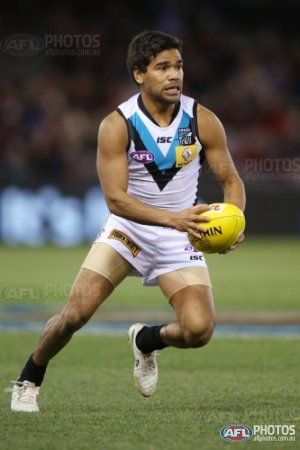 Jake Neade of the Power looks upfield during the 2015 AFL round 17 match between the Essendon Bombers and Port Adelaide Power at Etihad Stadium, Melbourne, Australia on July 25, 2015. (Photo by Michael Dodge/AFL Media)