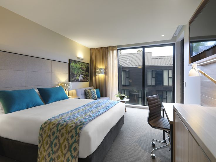 Vibe Hotel Marysville - Woodlands Guest Balcony Room