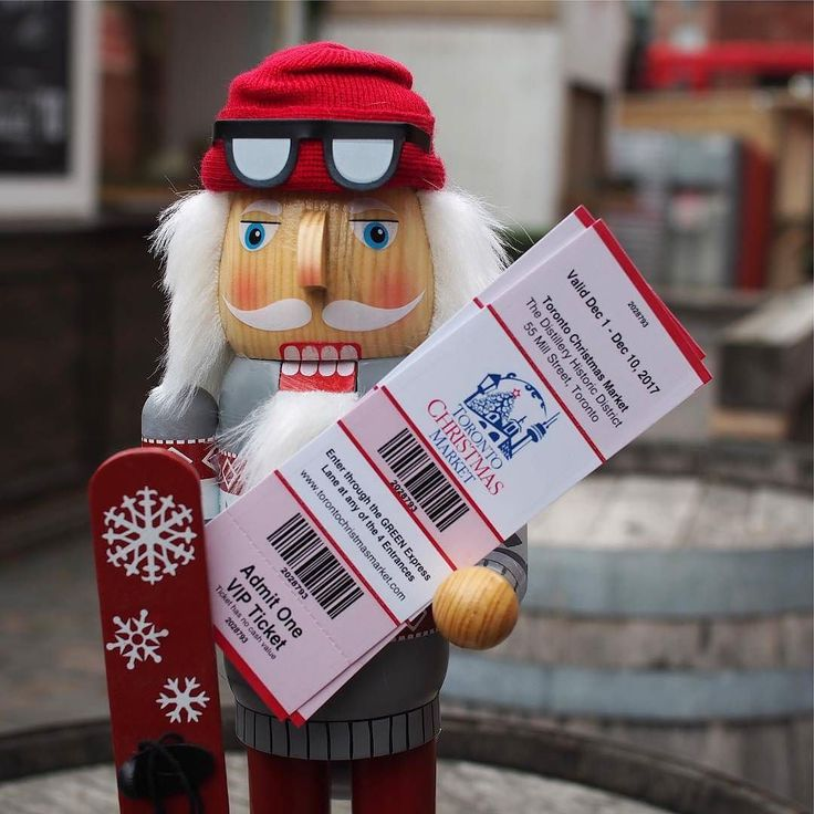 Need tickets to the Toronto Christmas Market? . @bergodesigns is happy to offer tickets for any weekend for our followers to enjoy the festivities. . Follow them and tag a friend. Comment on which weekend you would like to come. Well DM you to set you up with tickets. See you at the #TCM17! . . . . . . #distillerydistrict #TCM17 #torontochristmasmarket #torontoshopping #dailyhivetoronto #hypetoronto #torontoigers #distillerylove #distillerydistricttoronto #torontolife #torontophoto #the6ix…
