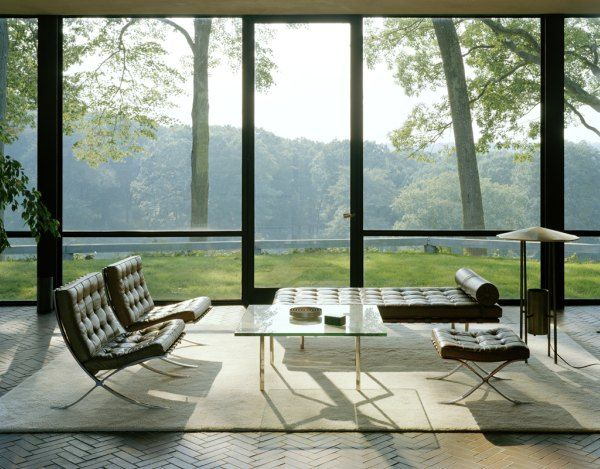 Modern Living Room: Living Rooms, Window, The View, Philip Johnson, Modern Architecture, House Interiors, Modern Interiors, Barcelona Chairs, Glasses House