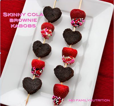 Skinny Cola Brownie Kabobs. Looks yummy!