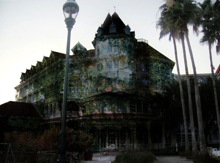 Life Without Disney – Spooky Images of an Abandoned WDW