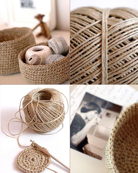 """¡El crochet está de moda! por lo que no puede faltar en mi blog ideas para las que ya estáis """"enganchadas al ganchillo"""", o para las que os queréis animar y aprender esta técnica artesanal. Con sólo..."""