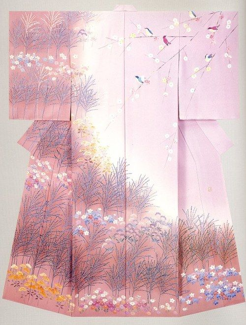 This houmongi is playing with seasonality– there is a lot of waving grass (summer), blue star-shaped flowers (summer and fall), chrysanthemums at the very bottom, and what appear to be tachibana on the left (orange), along with songbirds and sakura on the shoulder. I suppose this is a three-season kimono attempting to be as broadly wearable as possible!