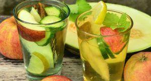 5 ricette di acqua aromatizzata per bruciare i grassi ed eliminare le tossine