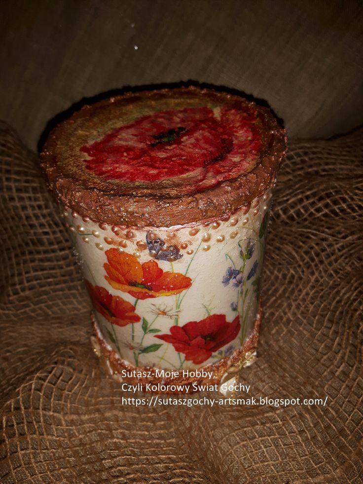 decoupage na puszce i mak malowany pastelami olejnymi na wieczku.