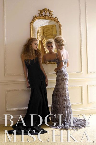 Мэри-Кейт и Эшли Олсен в рекламной кампании Badgley Mischka, 2006 год