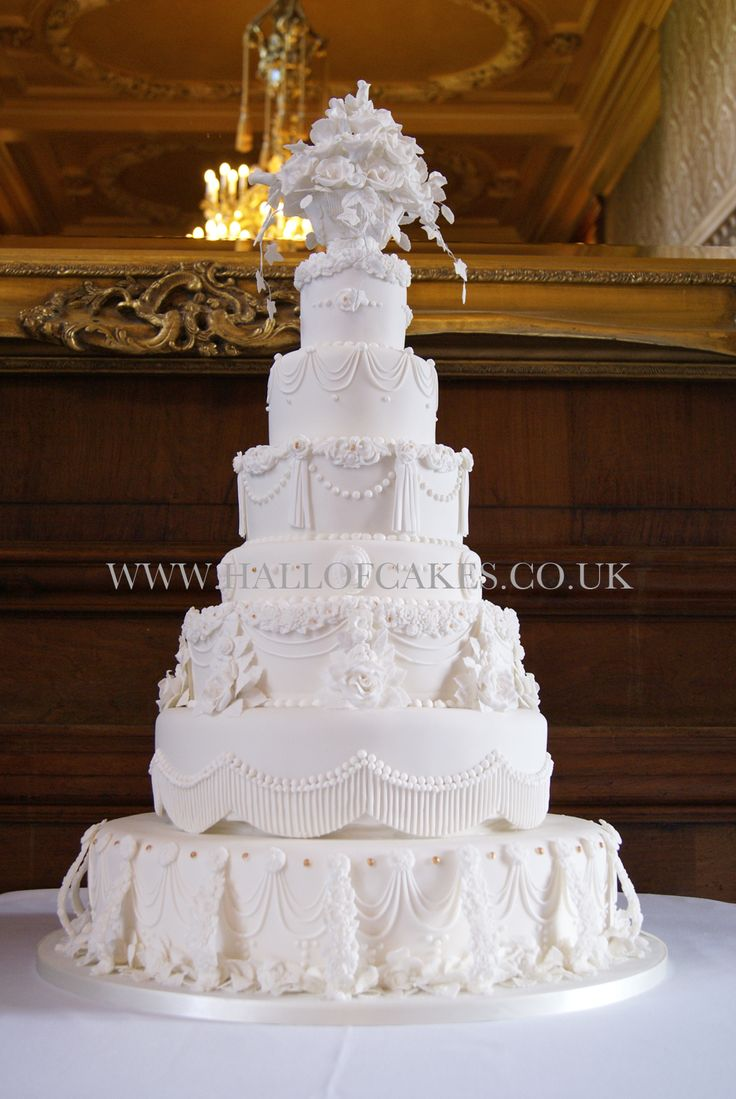 luxury wedding cakes 10 best all white wedding cakes images on 16965