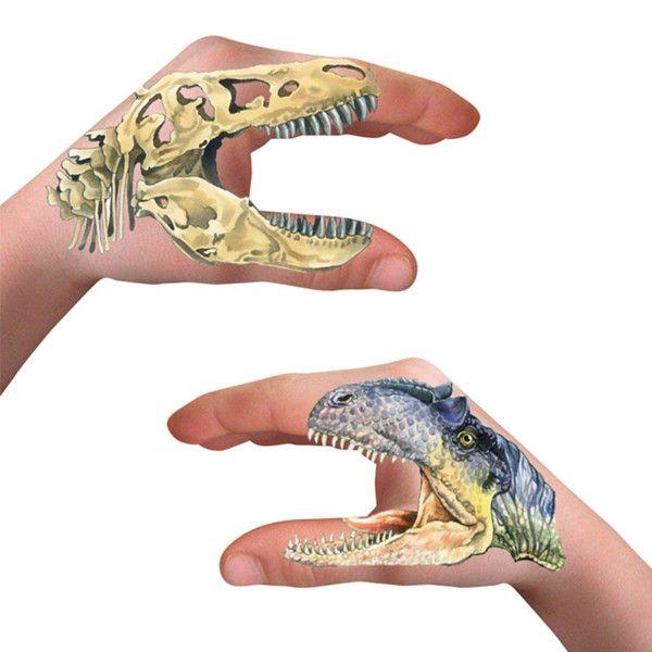 Sej håndtatovering m. dinosaur tema fra Spiegelburg.Fås i sæt m. 8 flotte tatoveringer.Fra 3 år.