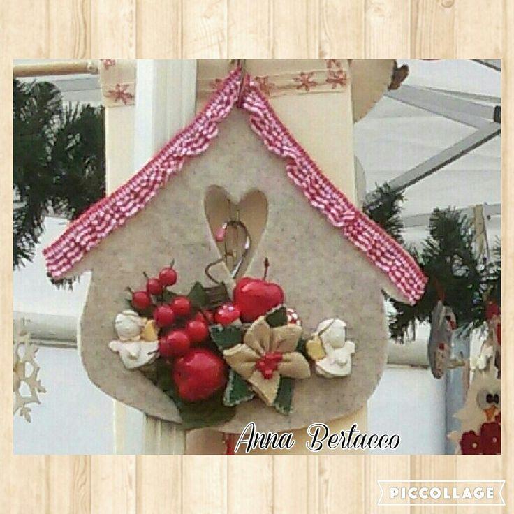 Casetta natalizia in feltro. @Casetta@Natale@decori@addobbi@festivita`.