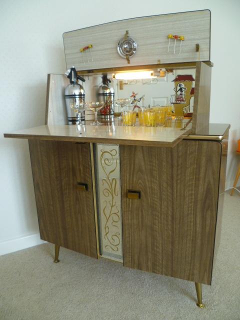 Vintage Retro 50s 60s Home Cocktail Drinks Cabinet Bar
