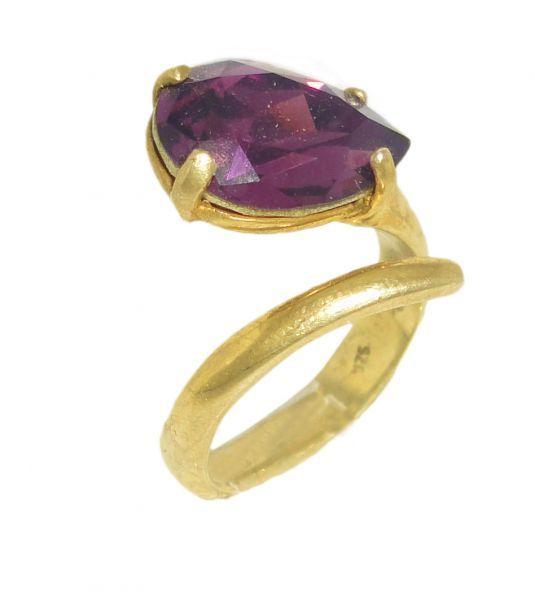 Δαχτυλίδι από ασήμι 925 πλήρη επιχρυσωμένο με πέτρα Swarovski   Για αγορά κλικ πάνω στην εικόνα