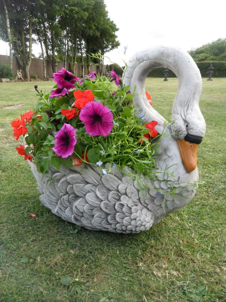 Planters and urns swan planter garden ornament free shipping768 x 1024 269 3kb - Plastic swan planter ...
