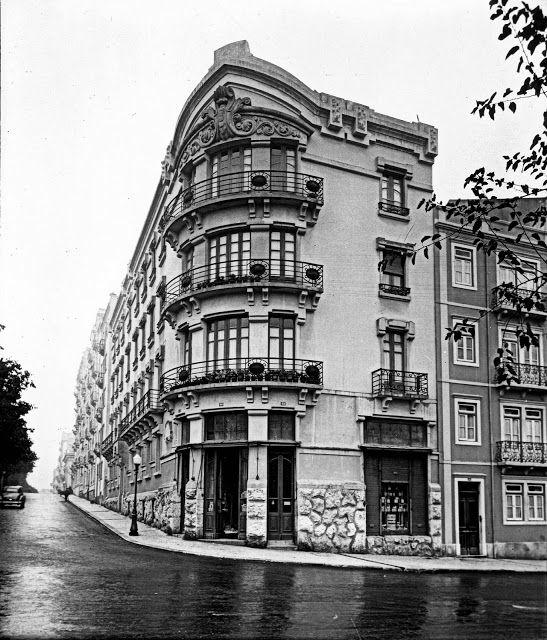 Lisboa de Antigamente: Avenida Luís Bivar, 2-6
