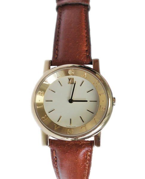 18k yellow gold Bvlgari Bvlgari Anfiteatro wristwatch. Cream dial with yellow gold hour markers.   http://www.liveauctioneers.com/item/25627362_18k-yellow-gold-bvlgari-bulgari-anfiteatro-watch