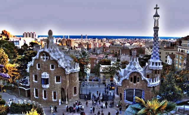 Parc Guell, Barcelona, a beautiful creation by Gaudi, 5 mnts from my place!! actually, my neighborhoods!