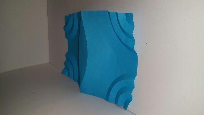 Estructura plegable con curvas abiertas