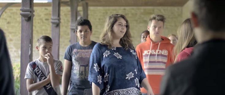 C'est rien, je suis tombée : un court métrage poignant et réaliste sur le harcèlement scolaire