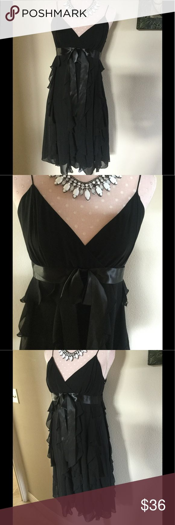 Scarlett Black Ruffled Tiered Dress Size 8 Scarlett Black Ruffled Tiered Dress Size 8 side Zipper EUC Darin bow attached in the center front Scarlett Dresses