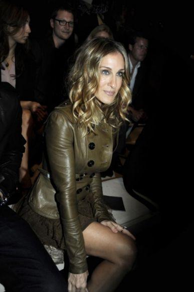 Celebrity balayage hair : Sarah Jessica Parker at Burberry Prorsum's spring 2011 runway show.
