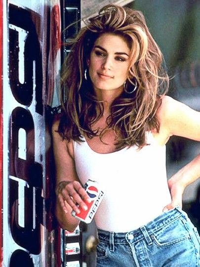 Cindy Crawford in #90s Pepsi commercial