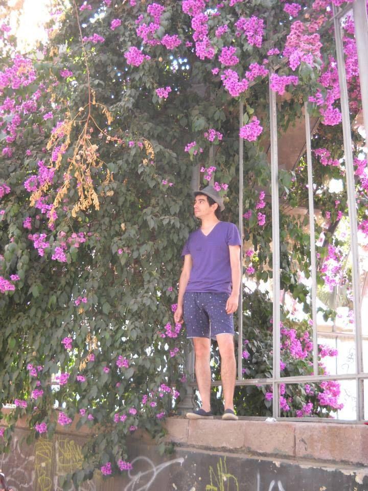 rodeado de flores....un verdadero....must