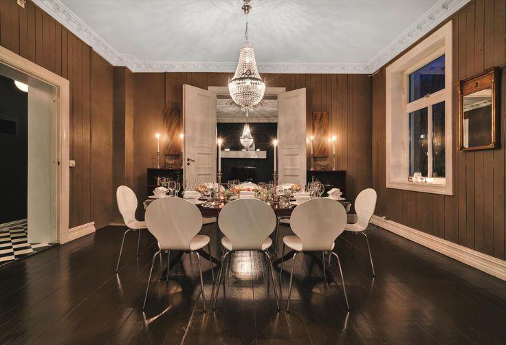 FINN – Tøyen: Bo i en lekker og herskapelig leilighet på 137 kvm med flotte klassiske detaljer!- Balkong - 3/4 soverom - 2 stuer - Sentralt