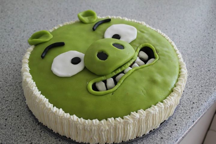 Bad Piggies cake