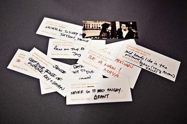 Petites cartes pour laisser des conseils aux mariés (cartes = Moo.com)
