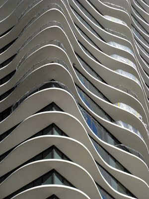 ArchitectureChicago PLUS: Balconies and Eaves, Laurel and Hardy in Chicago and Madrid