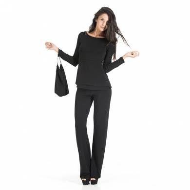 Completo pantalone. Completo a tre pezzi: Pants Essential, Sleeveless Top, Day and Night Top. Il completo è inserito in un elegante pochette multiuso realizzata nello stesso tessuto (28 x 32 cm), compatta e salvaspazio, ideale da mettere in valigia.