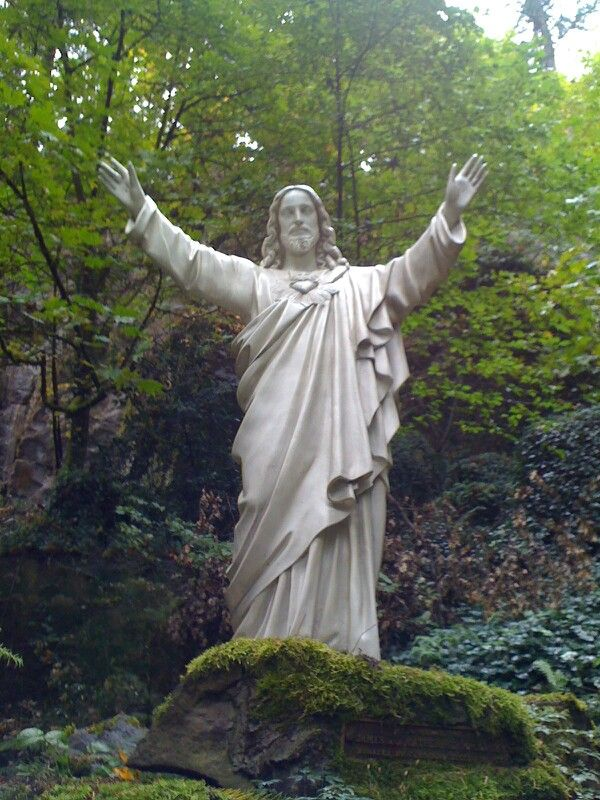 67 best images about pl i the grotto portland on for Garden statues portland oregon