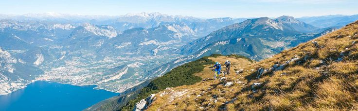 #DosCasina, ricca di boschi e di testimonianze della Grande Guerra.  #DosCasina is rich in woods and sites of the WWI, as here once ran the border between #Italy and #Austria. #GardaTrentino #mountaingardabike