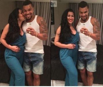 Mulher Moranguinho anuncia que está grávida do Canto Naldo!  http://celebridades.uol.com.br/noticias/redacao/2014/09/10/mulher-moranguinho-anuncia-que-esta-gravida-do-cantor-naldo-maria-vem-ai.htm  #hao123Celebridades #naldo #Mulhermoranguinho